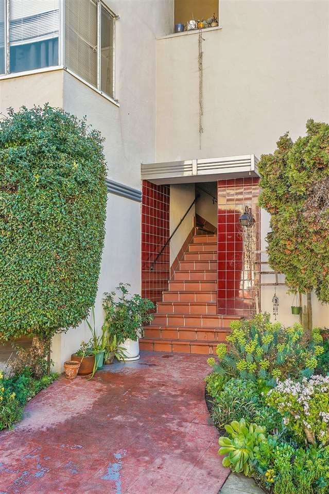 2268 Park Boulevard, Oakland, CA 94606 (#40853522) :: Armario Venema Homes Real Estate Team