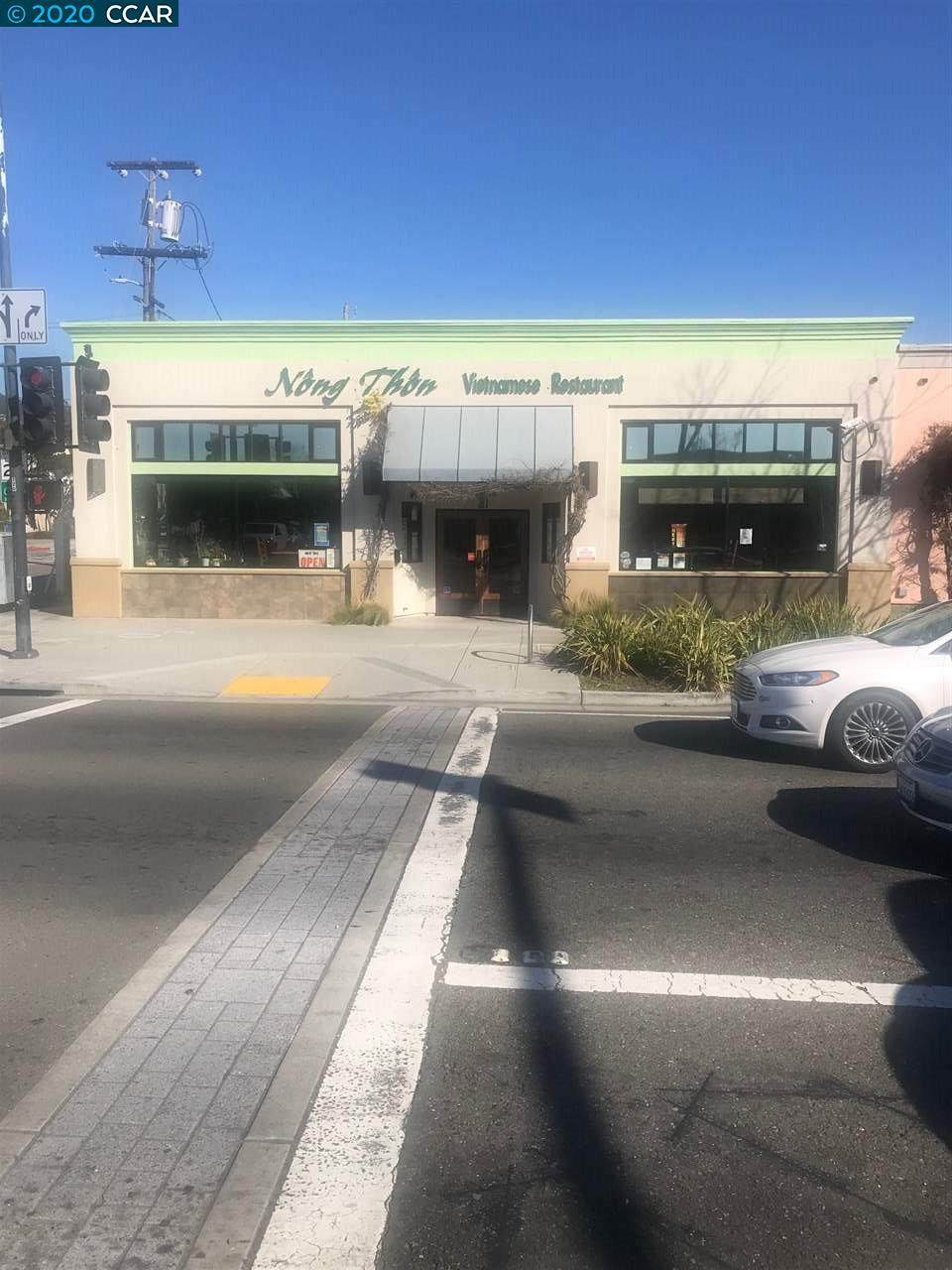 10086 San Pablo Avenue - Photo 1