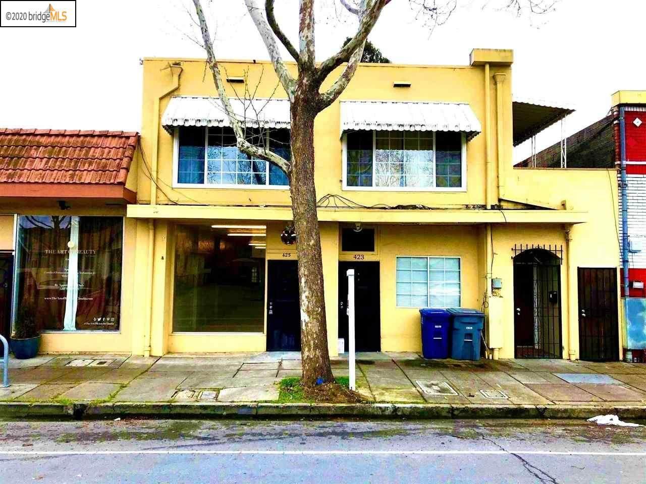 421 Bancroft Ave - Photo 1