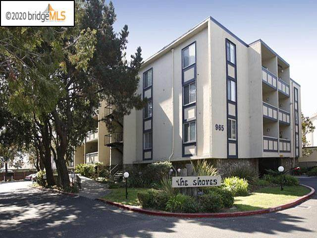 965 Shorepoint Ct #212, Alameda, CA 94501 (#40908099) :: Armario Venema Homes Real Estate Team