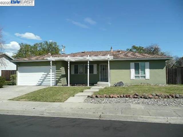 8249 Elgin Lane, Dublin, CA 94568 (#40911786) :: Armario Venema Homes Real Estate Team