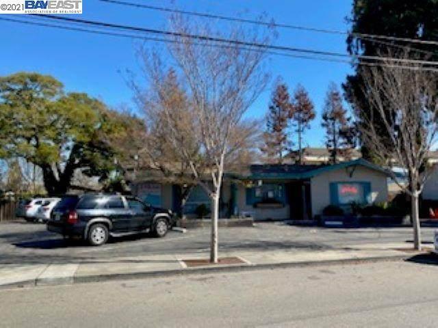 20408 San Miguel Ave, Castro Valley, CA 94546 (#40938924) :: Excel Fine Homes