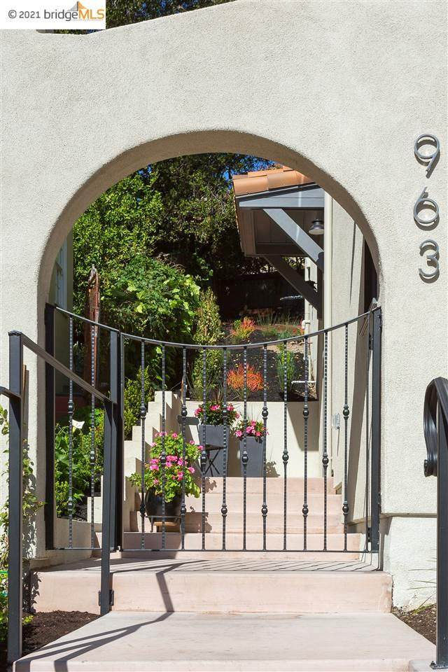 963 Grosvenor Pl, Oakland, CA 94610 (#40944498) :: The Venema Homes Team