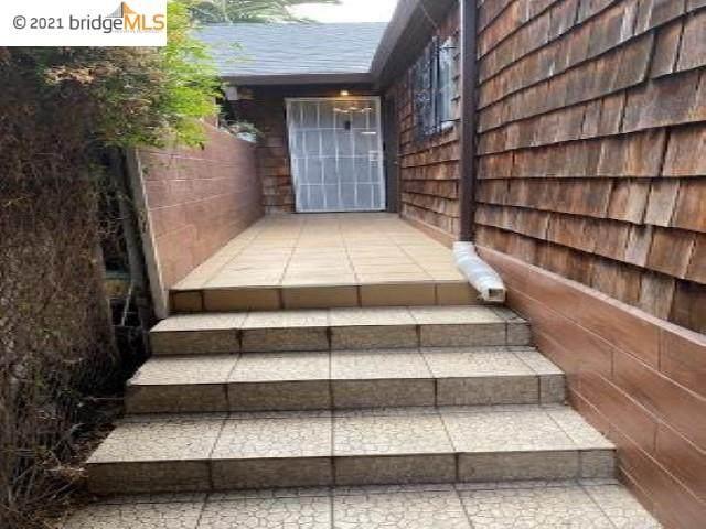 5433 Shattuck Ave, Oakland, CA 94609 (#40952381) :: Armario Homes Real Estate Team
