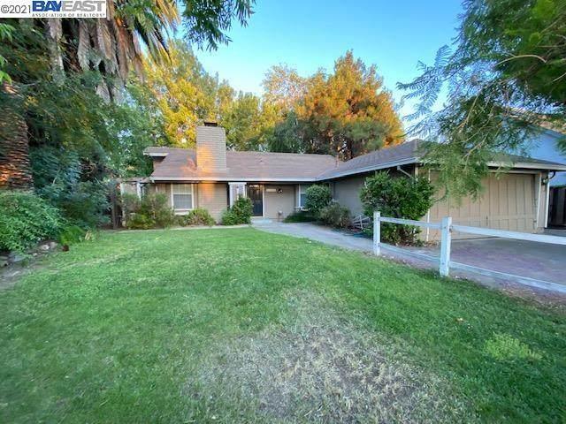 202 Martinvale Lane, San Jose, CA 95119 (#40958893) :: Real Estate Experts