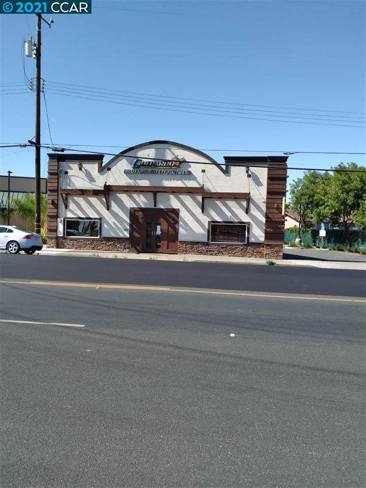 3675 Main Street - Photo 1
