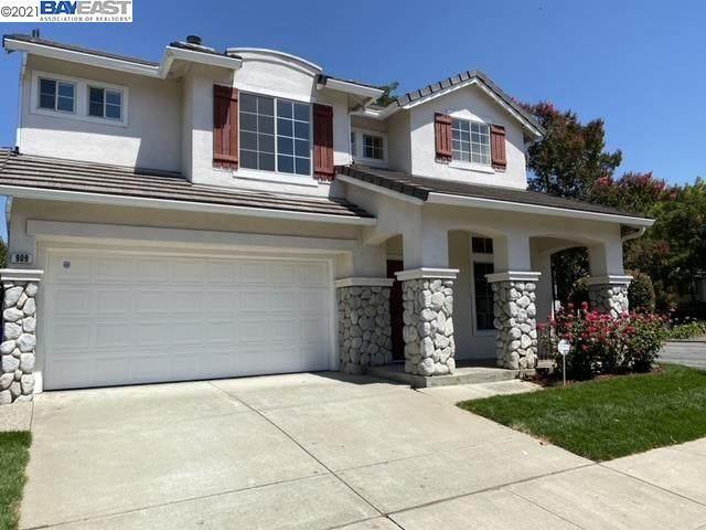 909 Gurnard Ter, Fremont, CA 94536 (MLS #40959856) :: 3 Step Realty Group