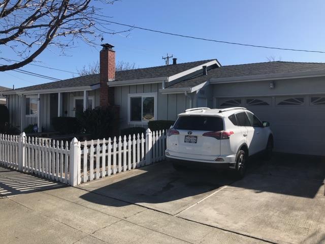 7040 Fountaine Avenue, Newark, CA 94560 (#ML81739042) :: The Grubb Company