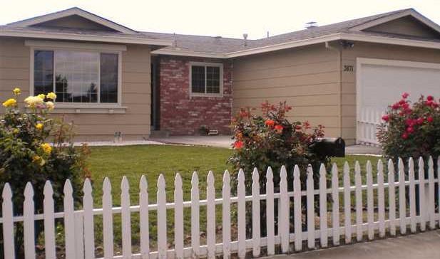 3871 Saint Moritz Drive, Pittsburg, CA 94565 (#ML81741801) :: The Lucas Group