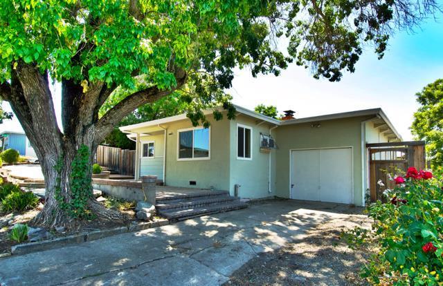 2919 Avon Avenue, Concord, CA 94520 (#ML81757287) :: The Lucas Group