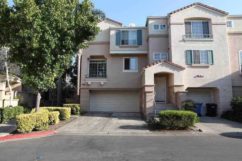 336 Montecito Way - Photo 1