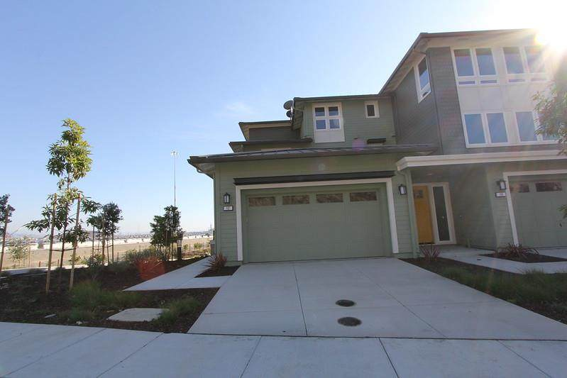 12 Anchor Point Drive - Photo 1