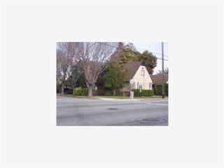 450 San Mateo Drive - Photo 1