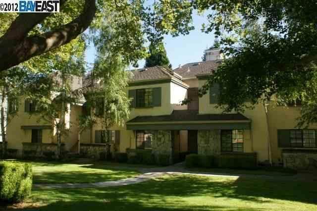 246 Canyon Woods Way A, San Ramon, CA 94582 (#ML81842338) :: Realty World Property Network