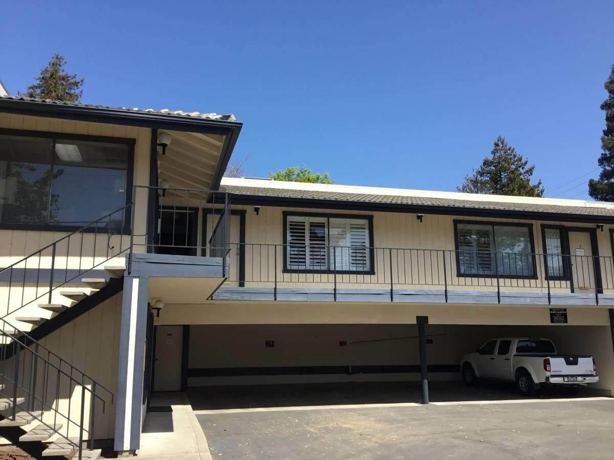 300 San Mateo Drive - Photo 1