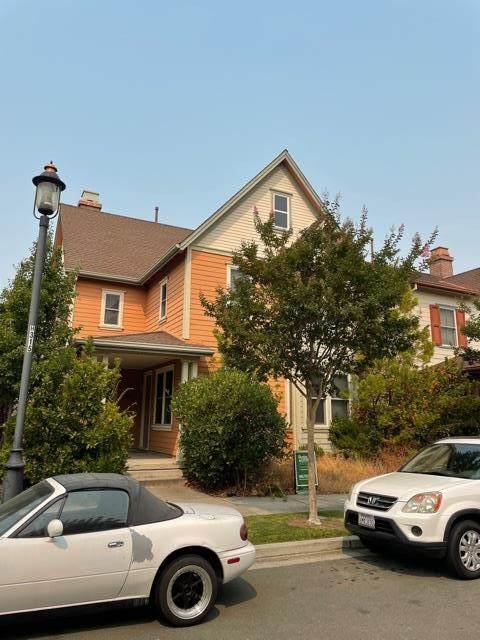 2033 Drake Lane, Hercules, CA 94547 (#ML81861202) :: Realty World Property Network
