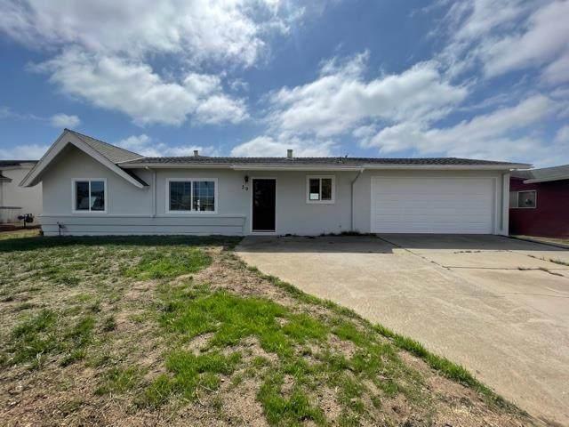 39 Norman Way, Salinas, CA 93906 (#ML81863287) :: MPT Property