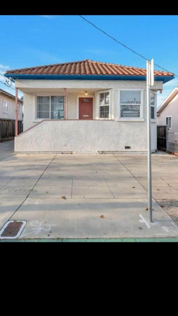 107 N 27th Street, San Jose, CA 95116 (#ML81867702) :: Excel Fine Homes