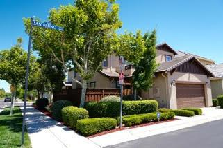 296 W Saint Francis Avenue, Mountain House, CA 95391 (#ML81713593) :: The Grubb Company