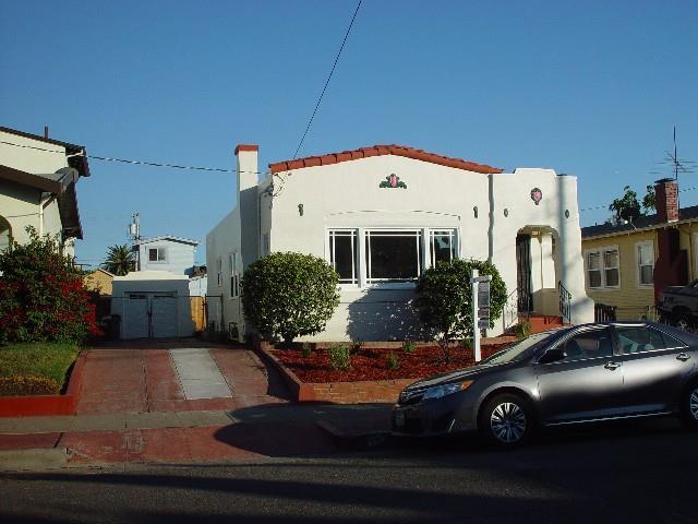 2518 64th Avenue, Oakland, CA 94605 (#ML81719593) :: RE/MAX Blue Line