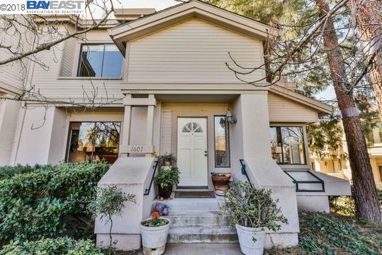 1607 Geary Rd, Walnut Creek, CA 94597 (#40810891) :: Armario Venema Homes Real Estate Team