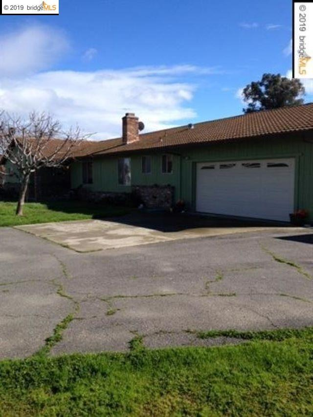 1651 Green Acres Lane, Brentwood, CA 94513 (#40853748) :: Armario Venema Homes Real Estate Team