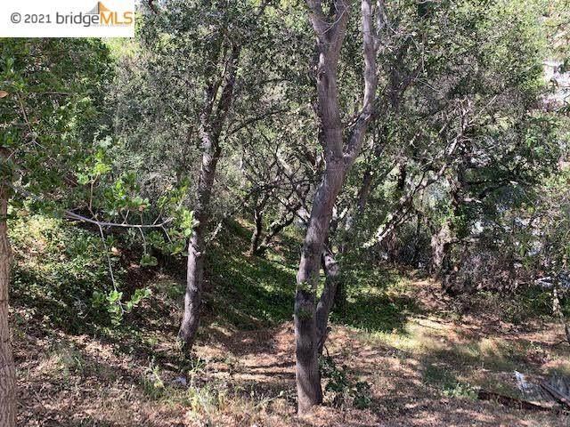 8512 Seneca St, Oakland, CA 94605 (#40940367) :: MPT Property