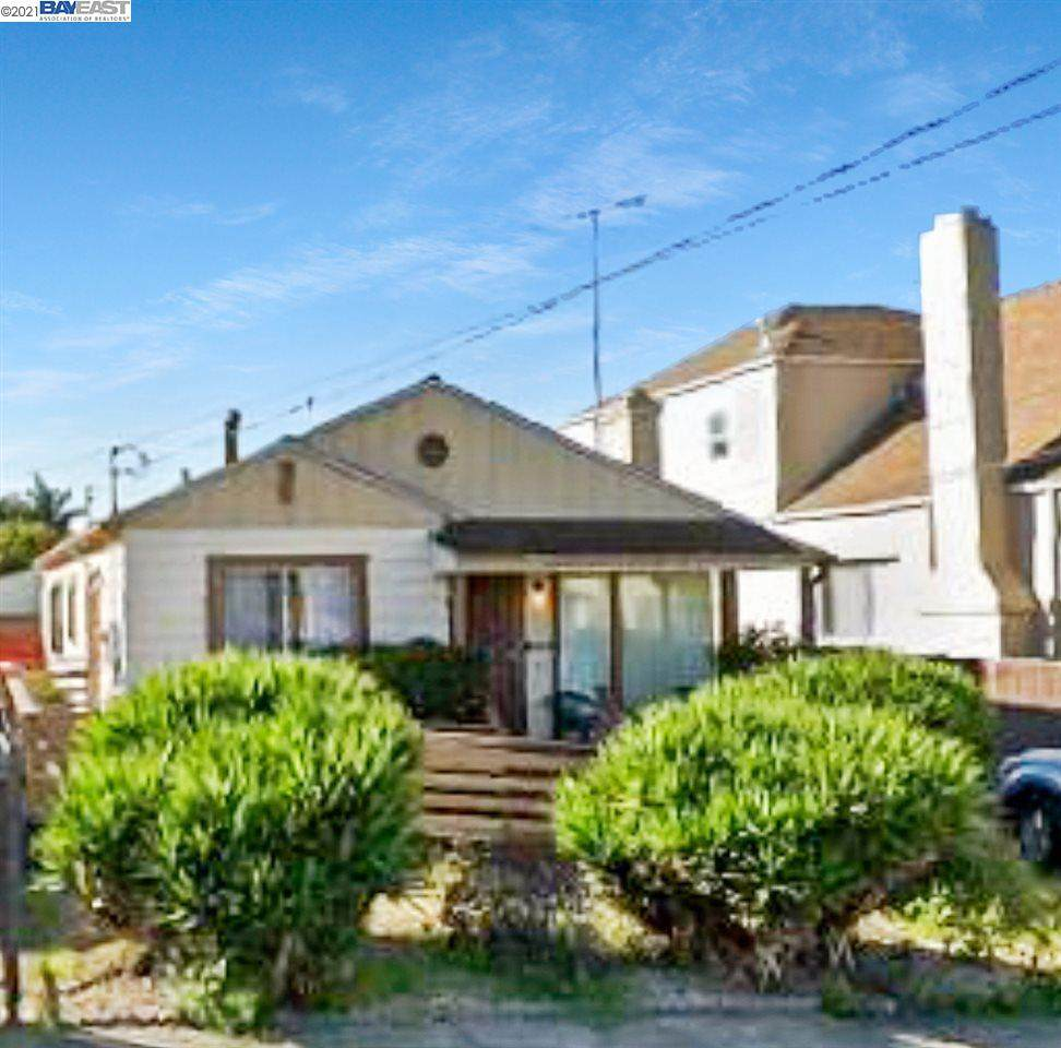 2224 107th Ave - Photo 1