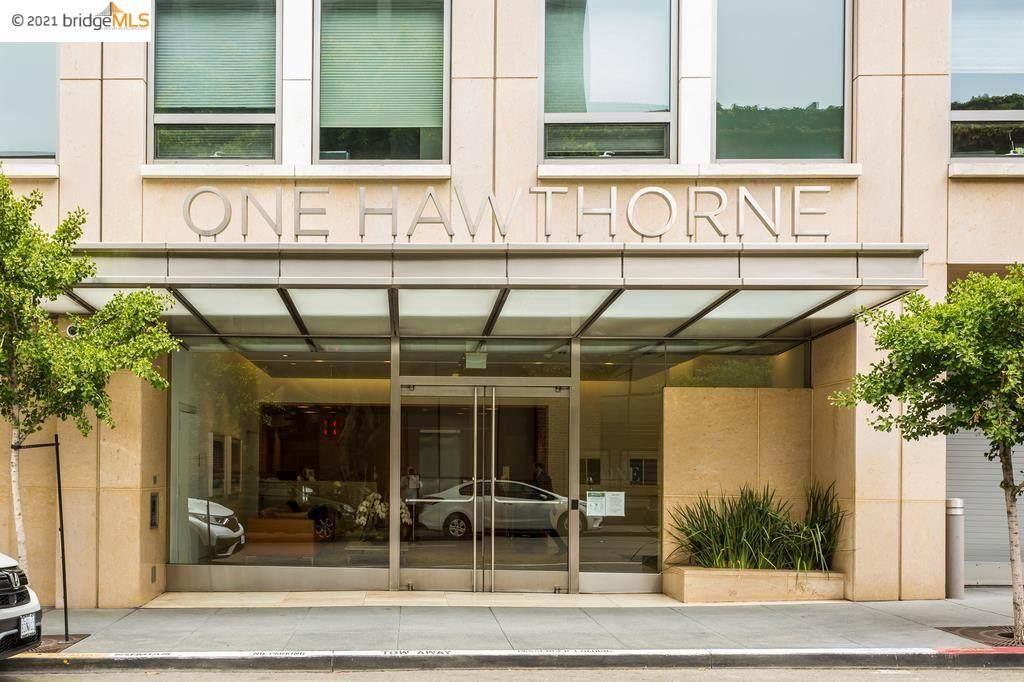 1 Hawthorne - Photo 1