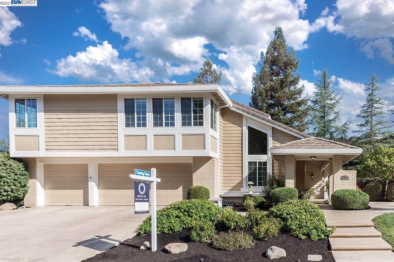 190 Woodview Terrace Dr - Photo 1