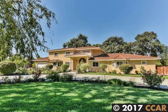 917 Lee Ln, Concord, CA 94518 (#40798330) :: Armario Venema Homes Real Estate Team