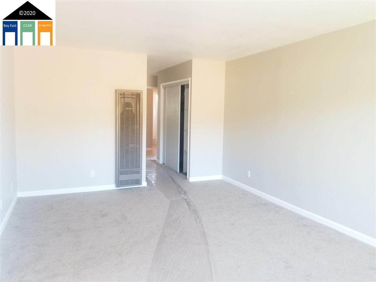2650 109Th Ave - Photo 1