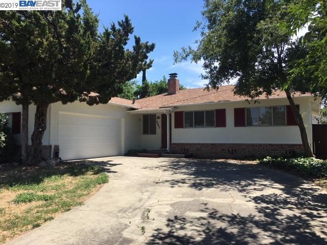 4045 Pomona Way, Livermore, CA 94550 (#40869657) :: J. Rockcliff Realtors