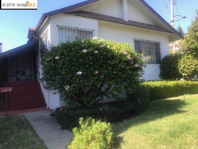 2243 24Th Ave, Oakland, CA 94601 (#40883783) :: Realty World Property Network