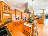 1900 Country Club Drive - Photo 44