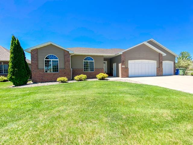 637 Powderhorn Pass, Brookings, SD 57006 (MLS #20-369) :: Best Choice Real Estate