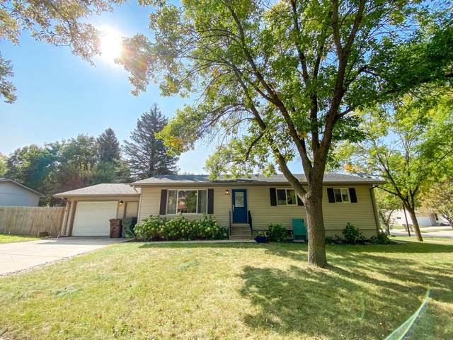 1304 Orchard Drive, Brookings, SD 57006 (MLS #20-715) :: Best Choice Real Estate