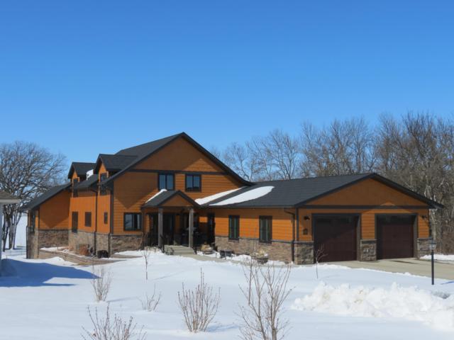 20003 Oak Hill Place, Lake Hendricks, MN 56136 (MLS #18-113) :: Best Choice Real Estate
