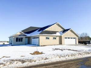 422 Hudson Avenue, Volga, SD 57071 (MLS #21-75) :: Best Choice Real Estate