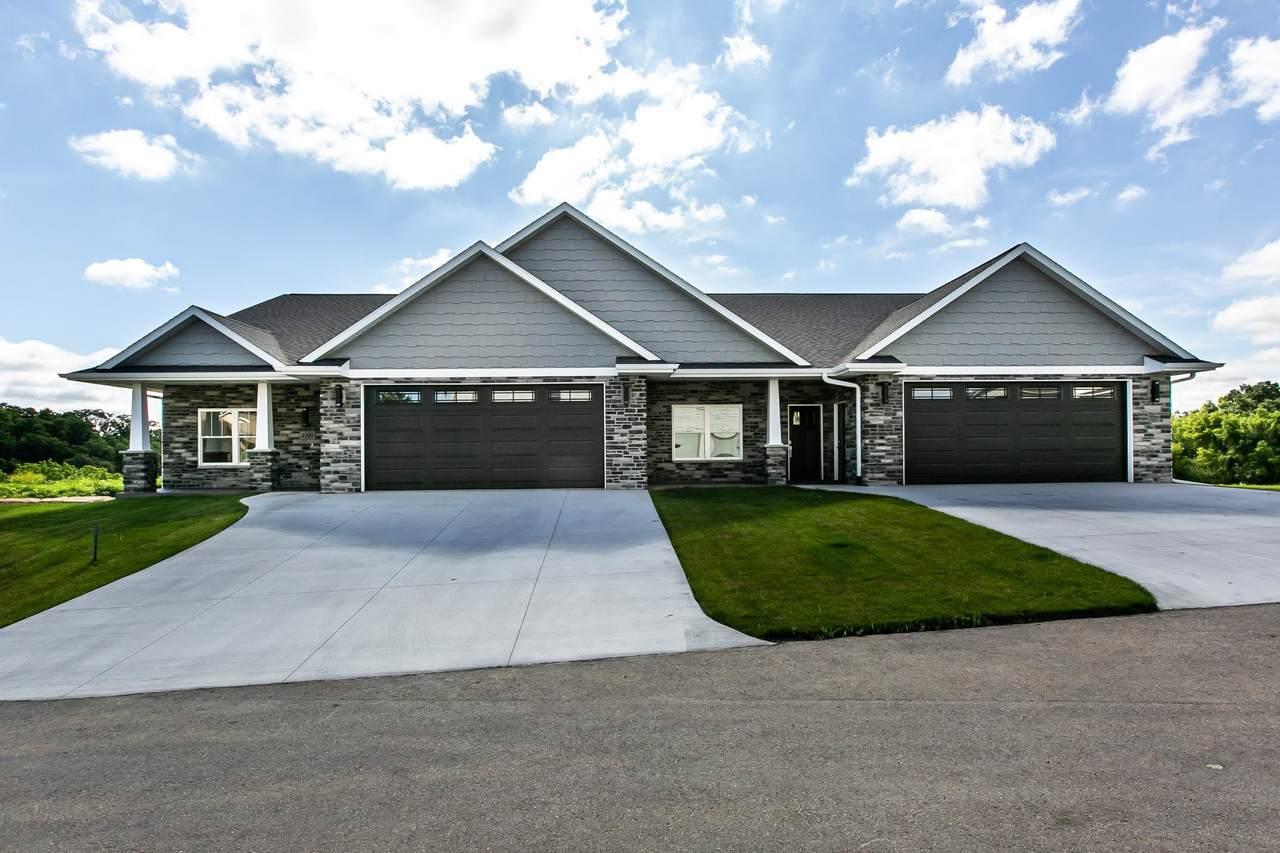3195 Lake Ridge Drive - Photo 1