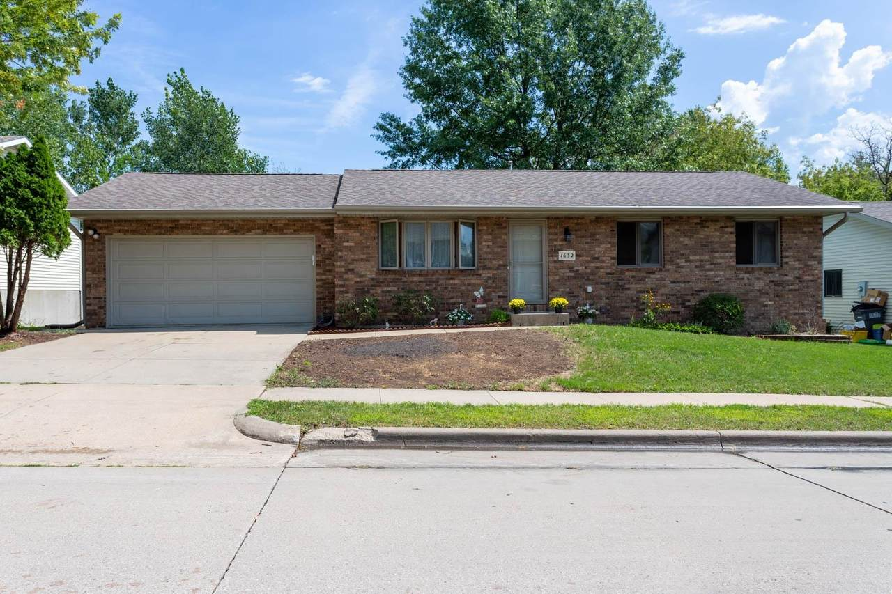 1632 Lucy Drive - Photo 1