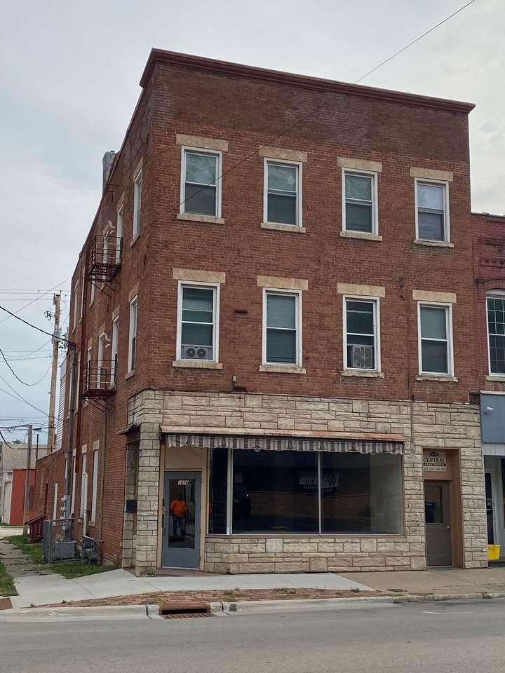 1876 Central Avenue - Photo 1