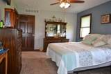 957 Valley Dr - Photo 14