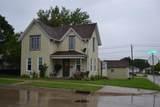 624 2nd Ave Se - Photo 1