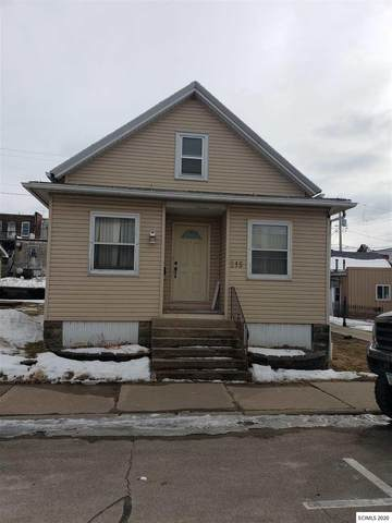 215 2nd Ave Ne Avenue, Dyersville, IA 52040 (MLS #139467) :: EXIT Realty Dubuque, Dyersville & Maquoketa