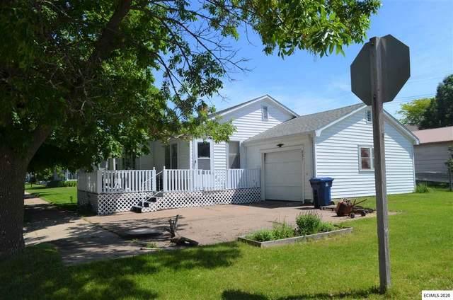 831 S First Street, Guttenberg, IA 52052 (MLS #140161) :: EXIT Realty Dubuque, Dyersville & Maquoketa