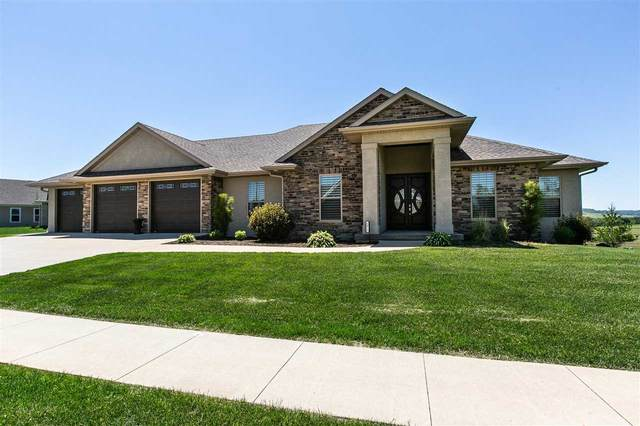 1972 Creek Wood Drive, Dubuque, IA 52003 (MLS #142012) :: EXIT Realty Dubuque, Dyersville & Maquoketa