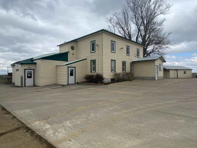 7653 Old Highway Road, Peosta, IA 52068 (MLS #142100) :: EXIT Realty Dubuque, Dyersville & Maquoketa