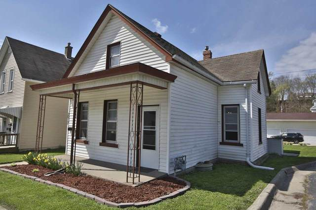 2617 Windsor Avenue, Dubuque, IA 52001 (MLS #142169) :: EXIT Realty Dubuque, Dyersville & Maquoketa