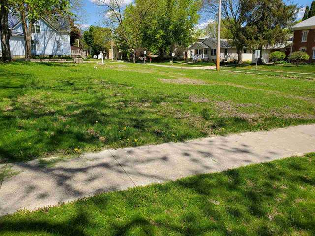 302 Cedar Street, Elkader, IA 52043 (MLS #142369) :: EXIT Realty Dubuque, Dyersville & Maquoketa